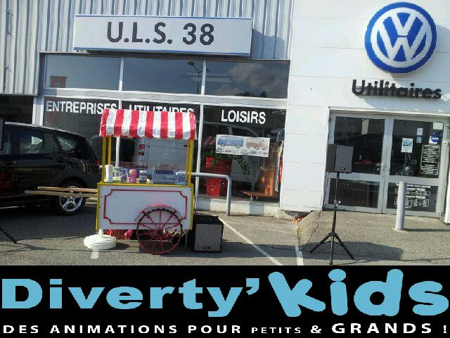 Diverty'Kids animation stand gaufre au concessionnaire SEAT Wolkswagen Utilitaire groupe Vercors Automobiles!